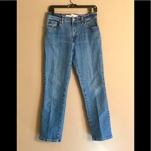 Levi's Relaxed 550 Boot Cut Jeans Size 10M